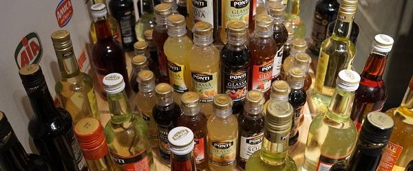 bottles-920383_1280