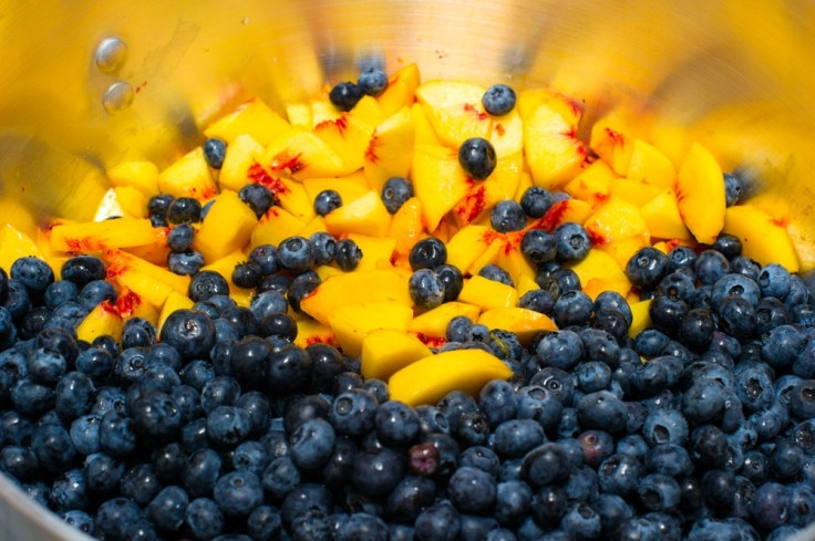 Blueberry-Peach-Pie-Filling-1